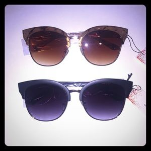 Accessories - 2 pairs of sunglasses! Black & Rose Gold 🕶